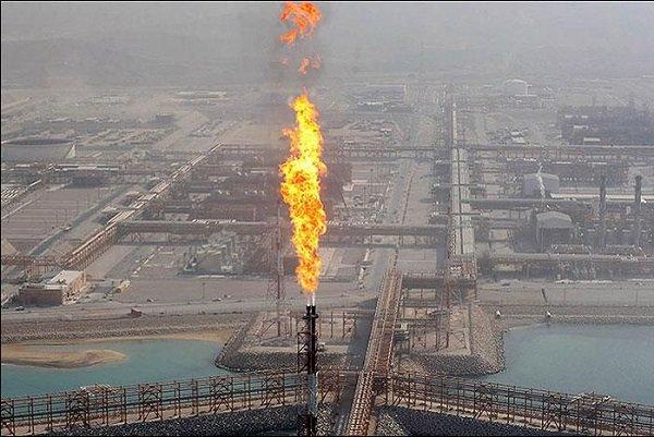 عسلویه نفس نمی کشد/ فلرها یکی از اصلی ترین منابع آلودگی در کل کشور به حساب می آیند