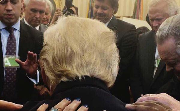 جریان انحرافی در کاخ سفید؟!