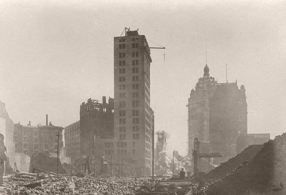 ویرانگرترین زلزله تاریخ آمریکا+تصاویر