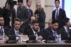تداوم خیالپردازیهای عربستان درباره سوریه در نشست گروههای معارض سوری