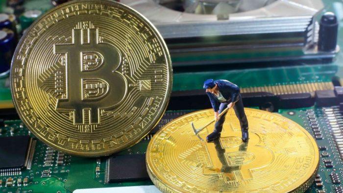استفاده شبکه بیت کوین به شرط ریسک 99 درصد!/ تکنولوژی «بلاک چین» دلار آمریکا را دور میزند؟