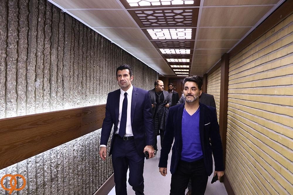 اعتراف بزرگان فوتبال جهان به گروه سخت ایران/لباس مجری قرعه کشی جام جهانی سوژه برنامه نود شد