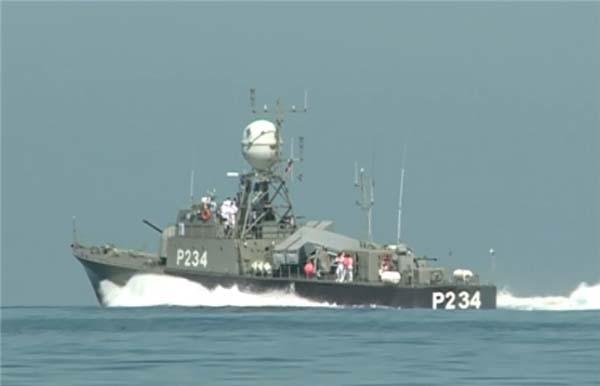 تصاویر جدیدترین ناو موشکانداز ارتش در دریای خزر منتشر شد