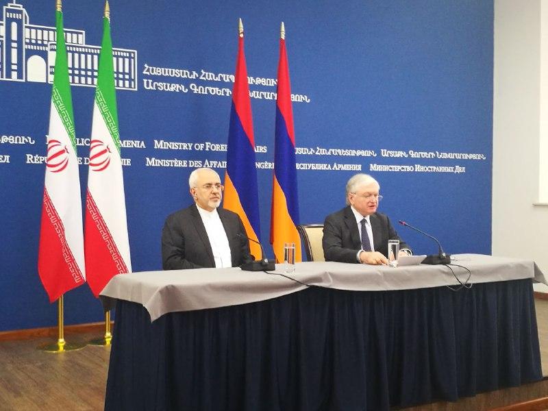 ایران همکاریهای هستهای خود را با ارمنستان شروع کند/ ایران از ظرفیتهای اقتصادی مرزهای خود با قرهباغ استفاده کند