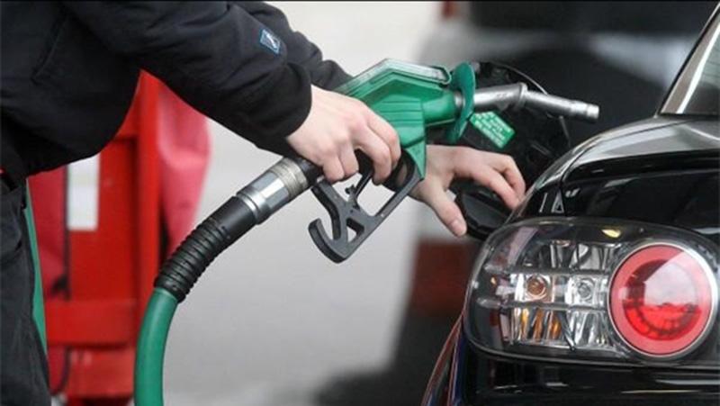 ورود خودروهای وارداتی به چرخه تردد در گرو تایید محیط زیست/ سوخت با استاندارد یورو 4 در 8 کلانشهر کشور توزیع میشود
