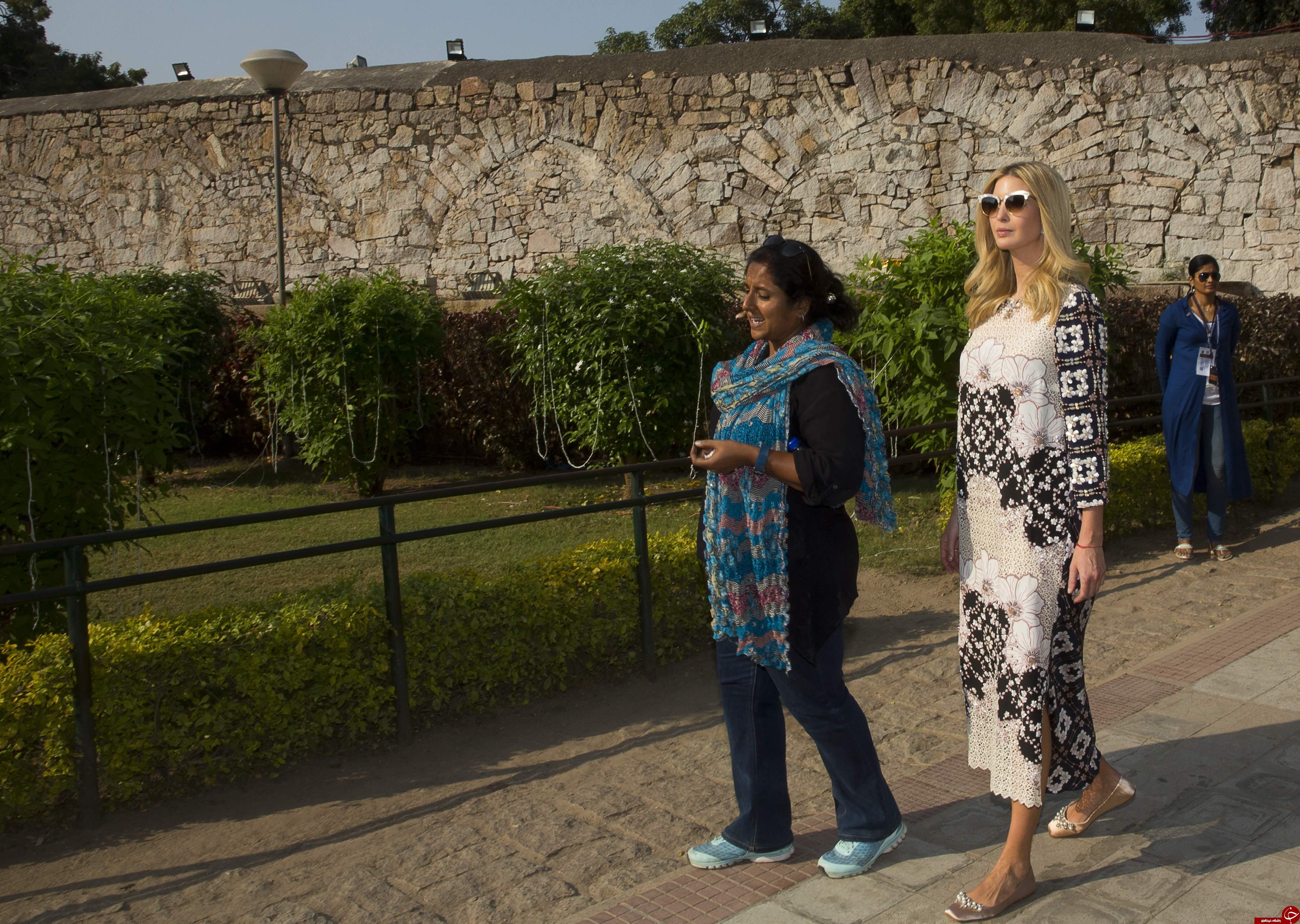 چرا لباسهای هندی ایوانکا ترامپ جنجال برانگیز شد؟ + تصاویر