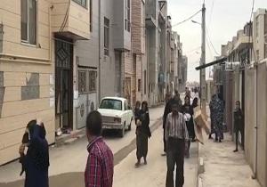 خروج همراه با ترس و دلهره مردم پس از زلزله 4.6 ریشتری در قصرشیرین