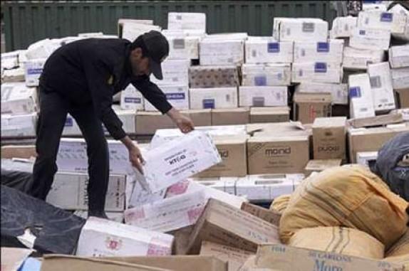 باشگاه خبرنگاران -محموله 700 میلیاردی کالای قاچاق در بن بست قانون