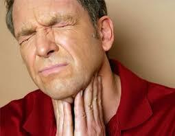 10 راه تسکین و درمان گلودرد در خانه