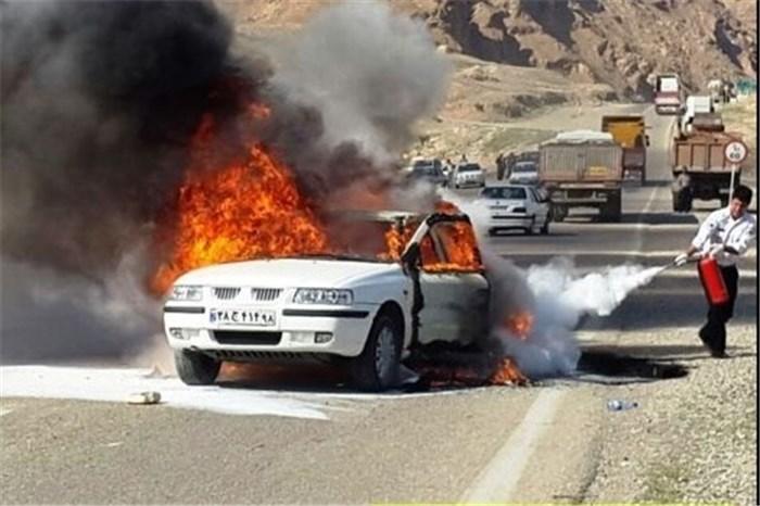 آتش گرفتن خودروی سمند در نهاوند ۲ کشته برجای گذاشت