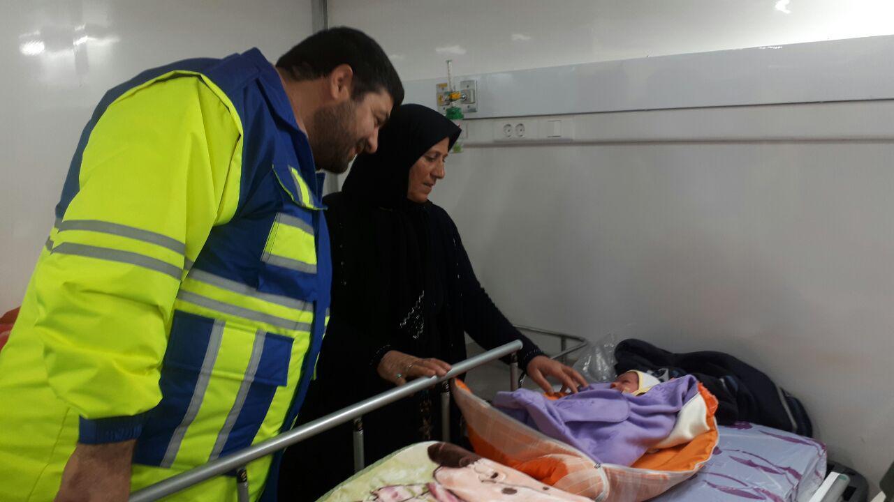 حال و هوای خدمت رسانی به مصدومان در بیمارستان تازه تاسیس سرپلذهاب
