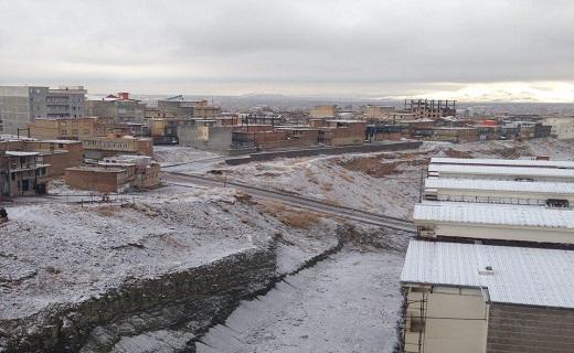 برف ارومیه را سفیدپوش کرد + فیلم و تصاویر