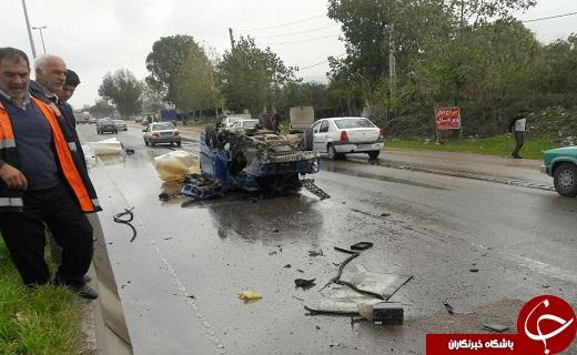 یک مصدوم در پی واژگونی نیسان در شهرستان بهشهر + تصاویر