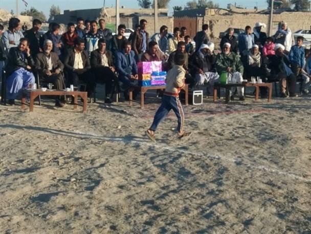 مسابقات بومی و محلی در زابل برگزار شد