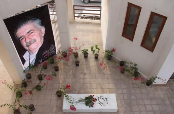 باشگاه خبرنگاران -مراسم دوازدهمین سالکوچ منوچهر آتشی در بوشهر برگزار شد