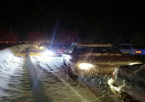 بارش سنگین برف در ارتفاعات جادههای چالوس و هراز