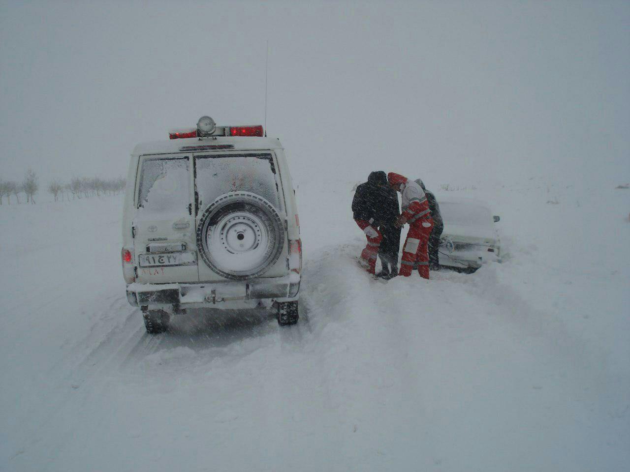 امدادرسانی به بیش از 5 هزار متاثر از برف و کولاک در 11 استان