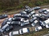 باشگاه خبرنگاران -تصادف زنجیرهای ۵۶ خودرو در اتوبان قزوین ۳۲ مصدوم بر جا گذاشت