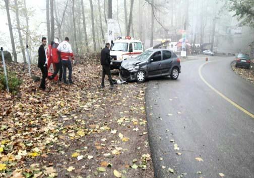 تصادف رانندگی در جادههای عباس آباد و چالوس با ۱۰ مصدوم
