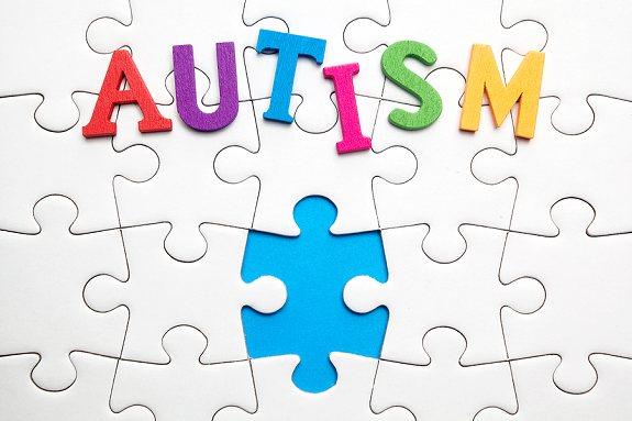 تلاش برای آموزش تلفیقی به طیف دانش آموزان اوتیسمی