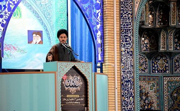 دانشجویان و اساتید گفتمان انقلاب اسلامی را در جامعه نهادینه کنند