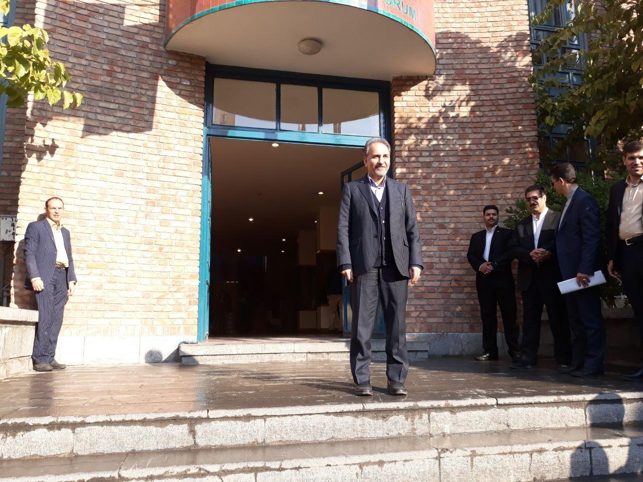 شهردار تهران از خانه هنرمندان بازدید کرد