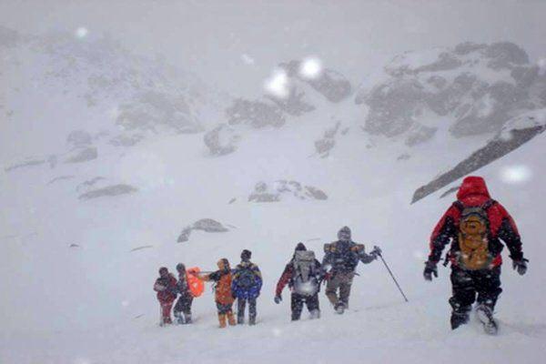 اجساد کوهنوردان فردا به مشهد منتقل می شود