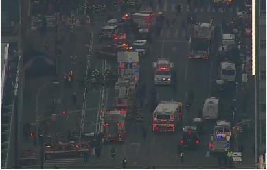 انفجار در منهتن نیویورک/ تخلیه چند ایستگاه مترو در نزدیکی محل حادثه/ احتمال بمبگذاری در سایر نقاط شهر+ فیلم و تصاویر