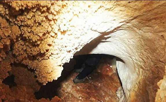 باشگاه خبرنگاران -غار الماس یکی ازجاذبه های گردشگری بافق
