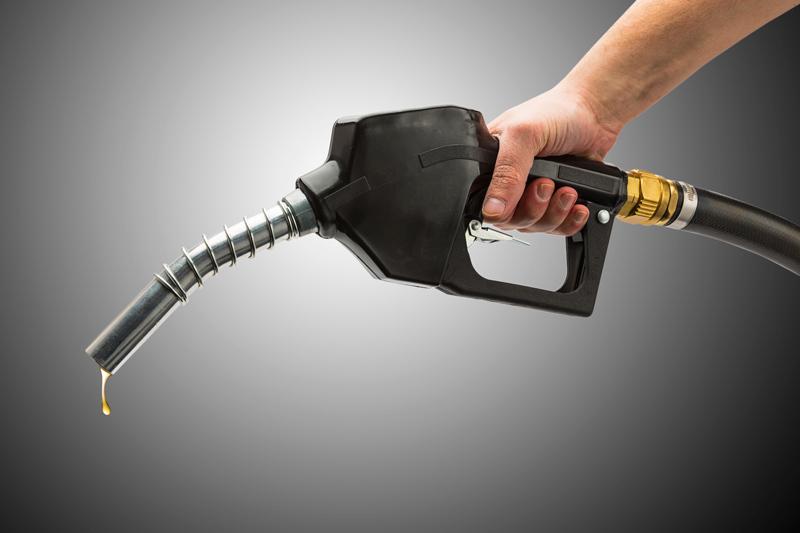 بنزین از اول دی ۱۵۰۰ تومان میشود