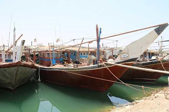 باشگاه خبرنگاران -۳ بالگرد برای یافتن شناور صیادی بوشهری اعزام شد