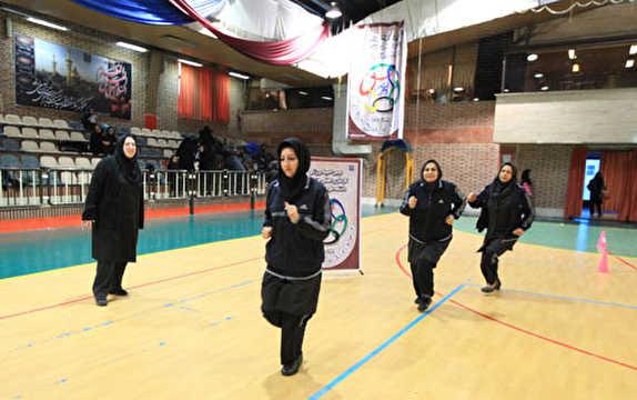 باشگاه خبرنگاران -حضور ورزشکاران زنجانی در مسابقات آمادگی جسمانی
