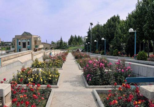 معماری باغ های ملل مختلف را در بوستان گفتگو ببینید