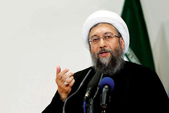 باشگاه خبرنگاران -اعدام زنجانی پول مردم را برنمیگرداند/ ادعای فریاد رئیس جمهور سابق سر بنده کذب است/ فتنه گران جدید بست مینشینند