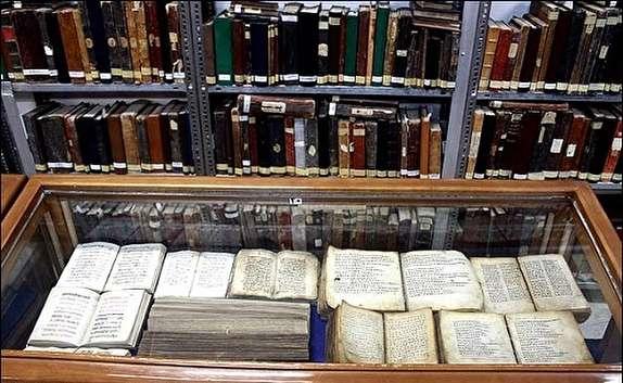 باشگاه خبرنگاران -نسخی با قدمتی هزار ساله در کتابخانه ی آیت الله مرعشی