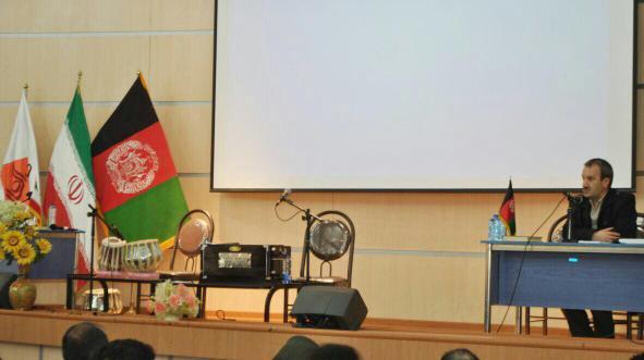 باشگاه خبرنگاران -دانشجویان افغانستانی در ایران رسالت مهمی برای بازسازی افغانستان دارند