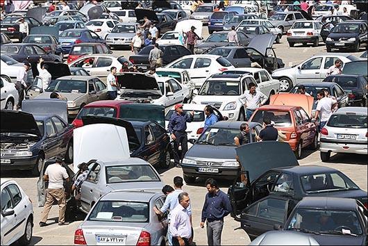 دلال بازی در بازار خودرو بیداد میکند/ترفندهایی برای سرکیسه کردن مشتریان و خریداران اتومبیل
