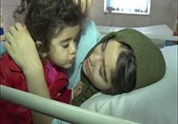 دختری که برای نجات خواهرش در زیر آوارهای زلزله قطع نخاع شد + فیلم