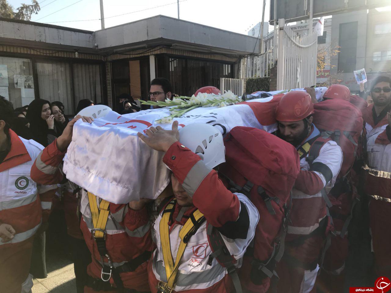 تشییع پیکر سیدعلی حسینی کوهنورد مشهدی حادثه اشترانکوه+ تصاویر