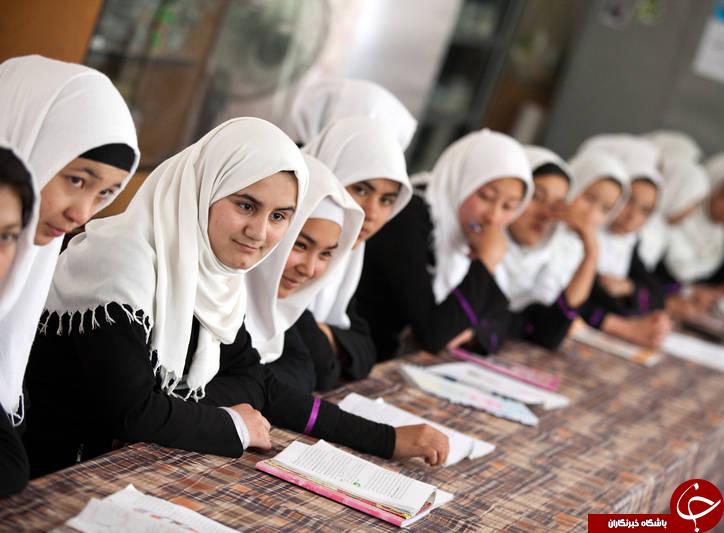 چگونه دانش آموزان افغانستانی و عراقی را مدیریت می کند/ چاپ و نشر کتب مذهبی و افراطی برعهده کیست +تصاویر