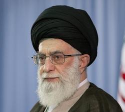 واکنش امام خمینی (ره) و رهبر انقلاب به استفاده از الفاظ مخصوص امام زمان درباره آنها +فیلم