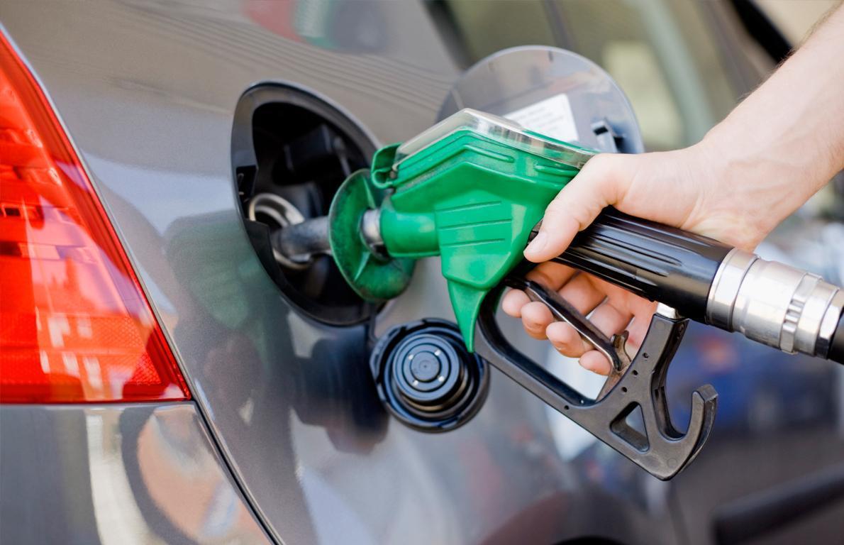 باشگاه خبرنگاران -برنامه ریزی دولت برای افزایش ۶۰درصدی قیمت بنزین/ مجلس مخالف است