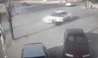 زنده ماندن اعجاب انگیز یک راننده به دنبال تصادفی هولناک+فیلم