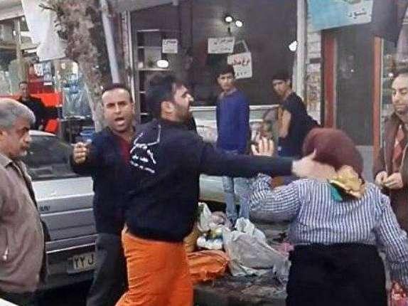 باشگاه خبرنگاران -تاثیر انتشار فیلم ضرب و شتم دست فروشان در تقویت نظارت مردمی/ رکن چهارم دموکراسی و وظیفه شهروندی