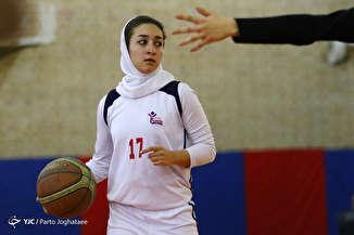 دیدار تیم های بسکتبال بانوان سیاه جامگان مشهد و ساسان کرمان