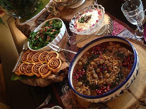 طرز تهیه آش انار در شب یلدا