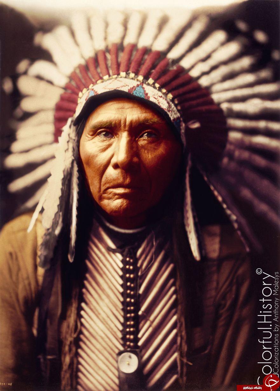 تصاویر رنگی جالب از زندگی روزمره بومیان آمریکا