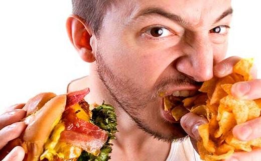 راه آسان پیشگیری از بیماریها/چه افرادی مستعد پرخوری عصبی هستند؟/ آیا ورزش کردن در زمان سرماخوردگی مضر است؟/ رابطه مستقیم تنهایی با دیابت