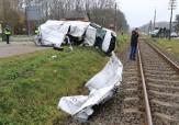 باشگاه خبرنگاران -تصادف وحشتناک راننده بی احتیاط با قطار + فیلم