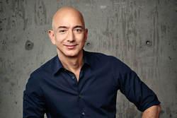 در «جمعه سیاه» ثروت جف بزوس مدیرعامل آمازون از مرز ۱۰۰ میلیارد دلار عبور کرد